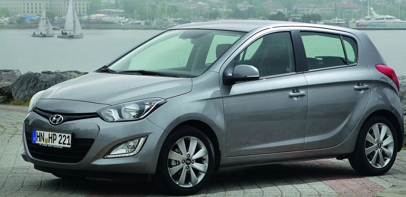 2013 hyundai i20 reviews auto car news and modified. Black Bedroom Furniture Sets. Home Design Ideas