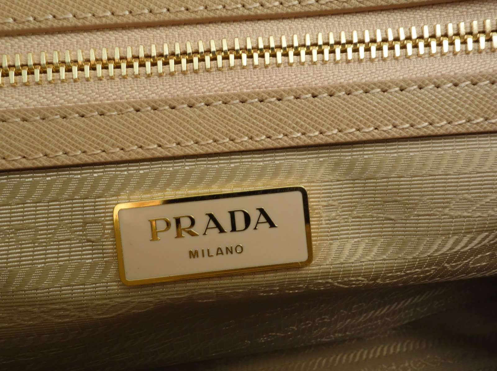 green prada - Purse Princess: Replica Prada Saffiano Tote in Cameo