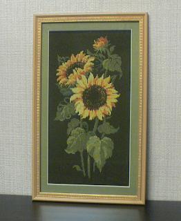 Вышивка цветы на черном фоне