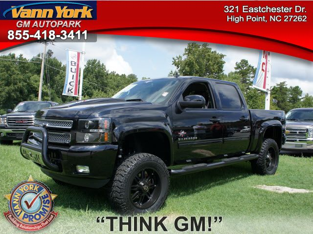 Black Rocky Ridge Chevrolet Silverado .. .Cruise...