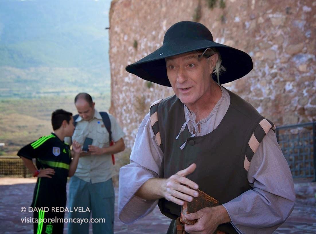 Navegantes Teatro Visita teatralizada Comarca del Aranda Castillo de Papa Luna Illueca