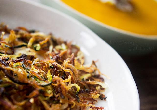 soul food healthy kürbissuppe kirschvogel zucchinichips
