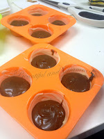 Bombones de chocolate blanco rellenos