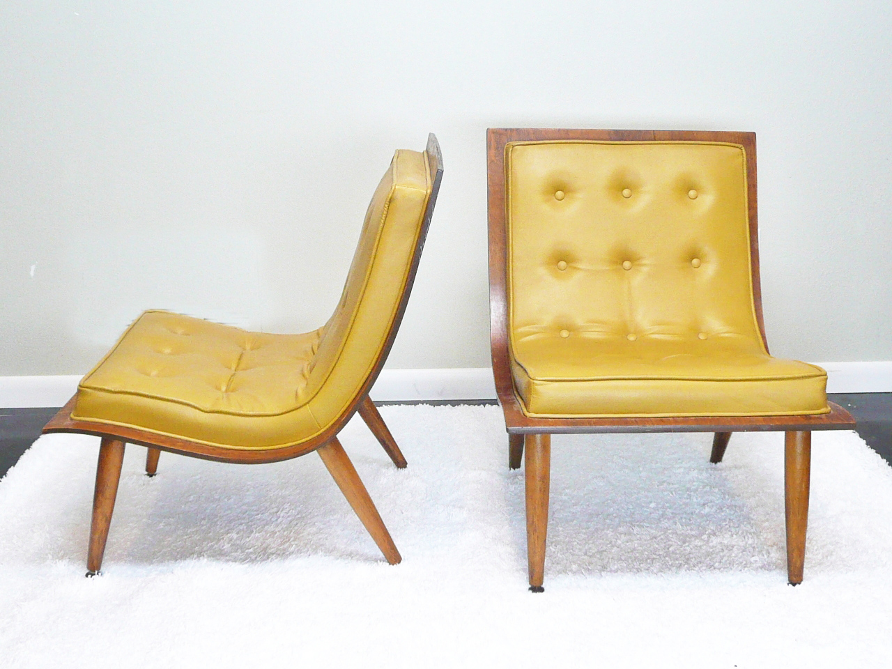 Beau A Fabulous Pair Of 1950u0027s / 60u0027s Danish Modern Style Molded Plywood Lounge  Chairs.