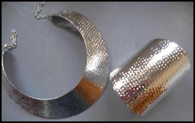 maxi.collar-y-brazalete-plateado