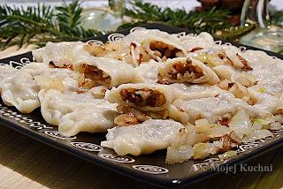 http://abcmojejkuchni.blogspot.com/2012/12/wigilijne-pierogi-z-kasza-gryczana.html
