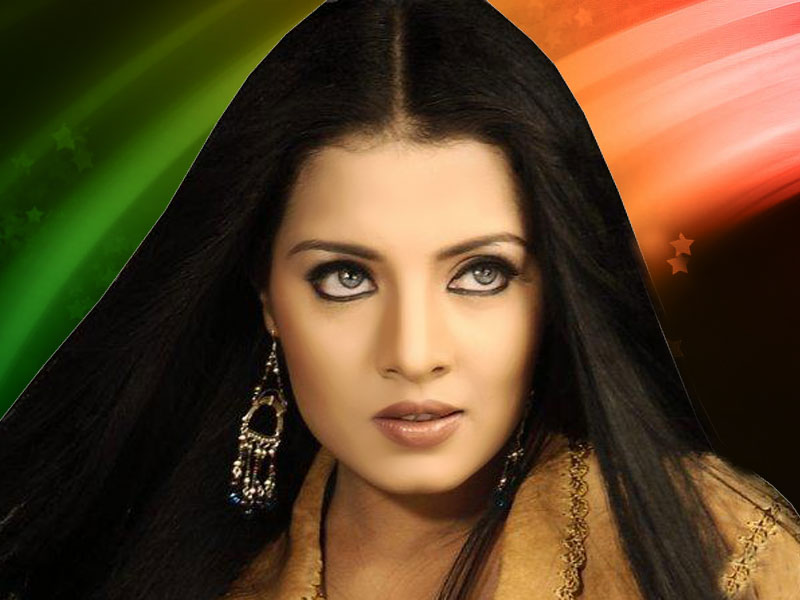 Celina Jaitly - Wallpapers