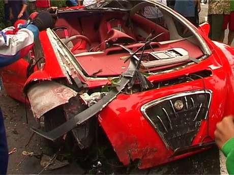 Kronologis Kecelakaan Mobil Dahlan Iskan