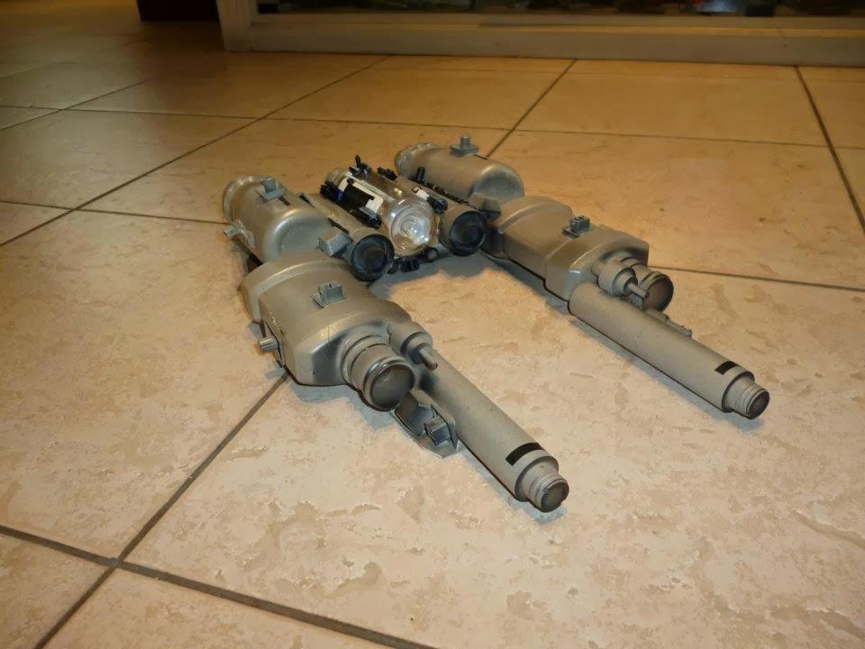 Nave Espacial Hecha Material Reciclado | MEJOR CONJUNTO DE FRASES