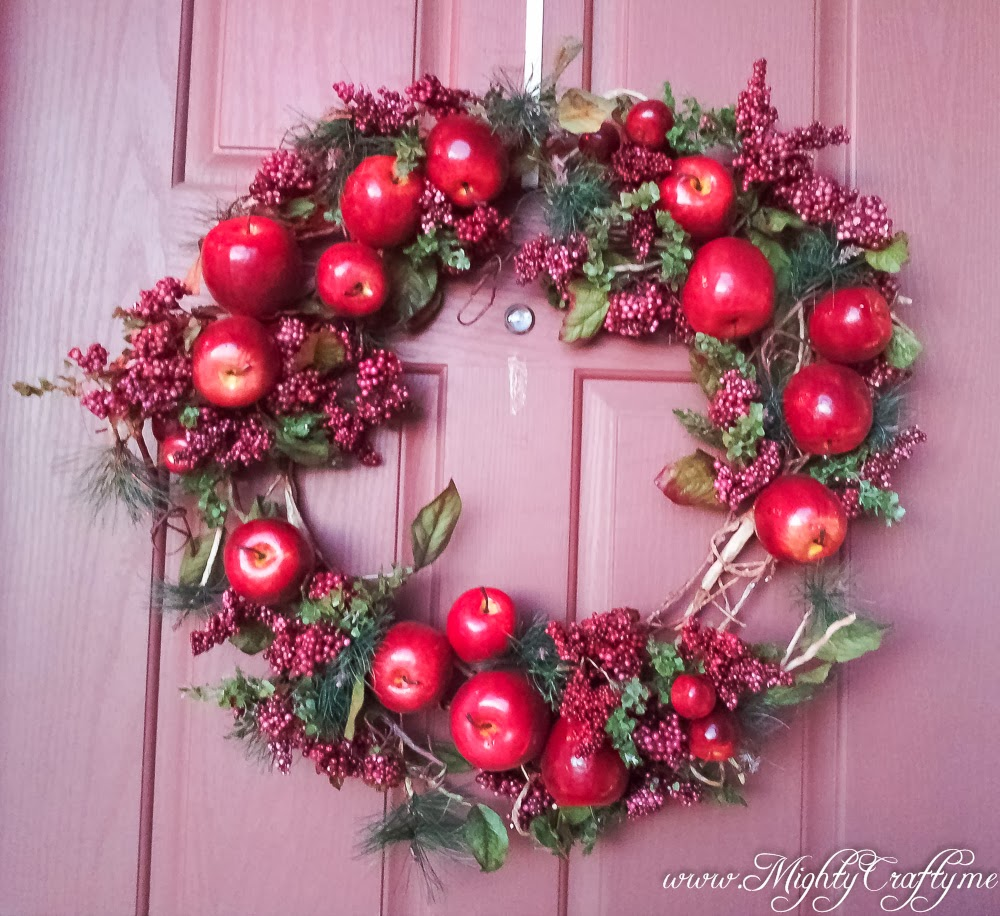 Mightycrafty easy updated christmas wreath Simple christmas wreaths
