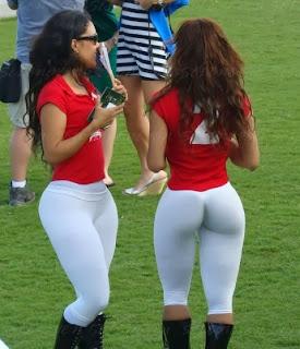 Sexy Girls Playing golf