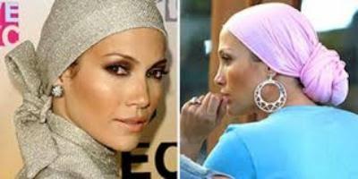 Jennifer lopez menggunakan hijab