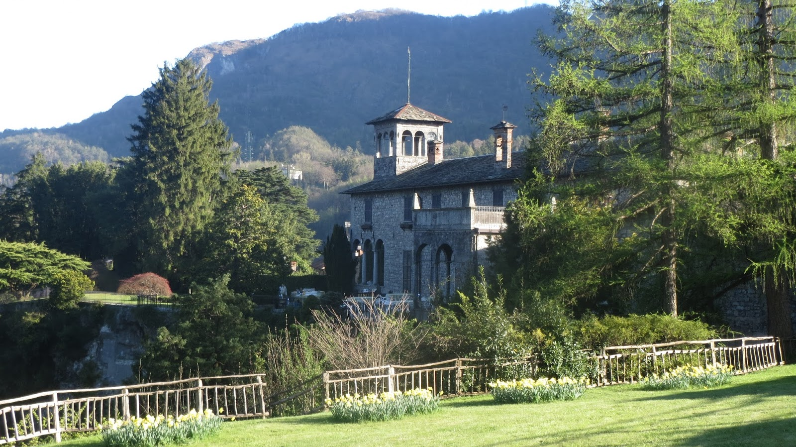 hortibus voyage palais et jardins prives du lac de come groupe parcs et jardins de normandie. Black Bedroom Furniture Sets. Home Design Ideas