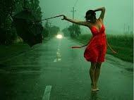 Ven a ver como mi ropa se empapa bajo la lluvia.
