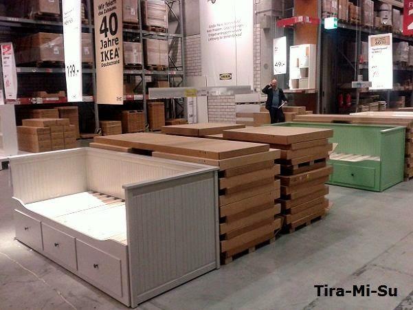 In Der SB Halle Habe Ich übrigens Zwei Neue Farben (limitiert) Vom HEMNES  Tagesbett Anlässlich Des 40. Geburtstags Von IKEA Deutschland Inkl.