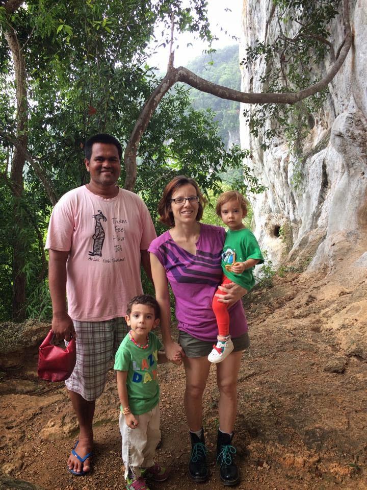 Pi Hua Ton cave, Crazy Little Family Adventure