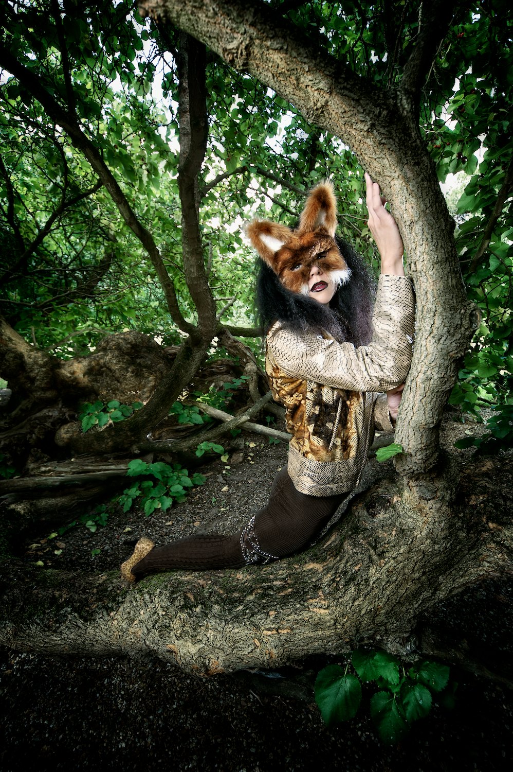 mystic magic, Pixbeat Photo, mask, fox mask, masquerade, animal, animal masks, fashion, vintage, vintage fashion, photo, photography, fur, feathers, couture, designer, inspiration, imagination, avant garde, creative, fashion photography, Animal Heritage, fashion designer, mask designer, fox, biker, leather