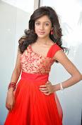 Vithika Sheru glamorous Photo shoot-thumbnail-13