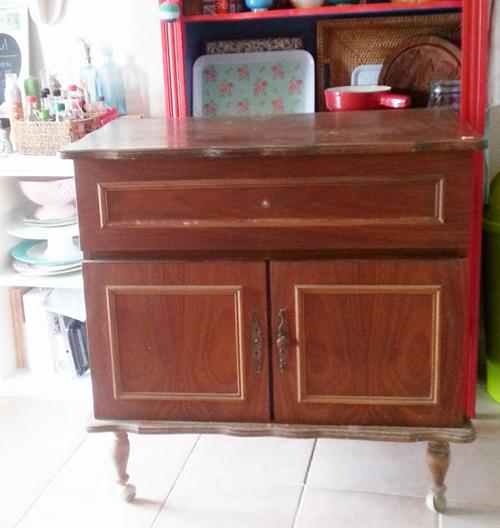 Lalole blog una isla de cocina con una vieja c moda - Reciclar muebles de cocina ...