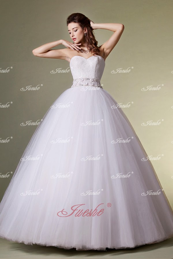 http://www.jueshegowns.co.uk/floor-length-ball-gown-strapless-tulle-wedding-dress-with-lace-bodice-jswd0216.html