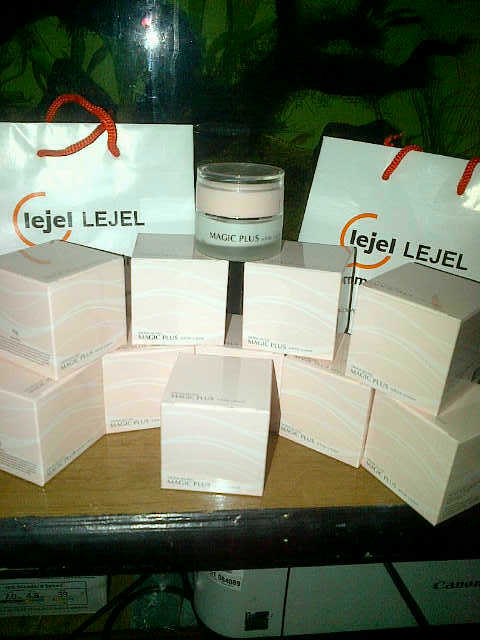 PAKET PERAWATAN WAJAH Magic Plus White Cream