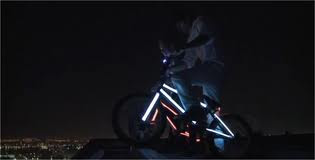 ขี่จักรยานลงมาจากยอดตึก BMX downhill Rotterdam