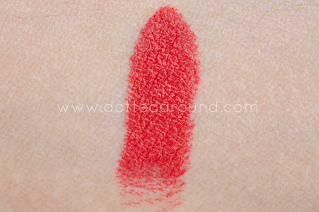 MAC So Chaud swatch