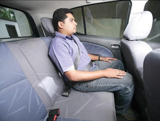 الجلوس في السيارة بطريقة صحية ضروي أثناء السفر
