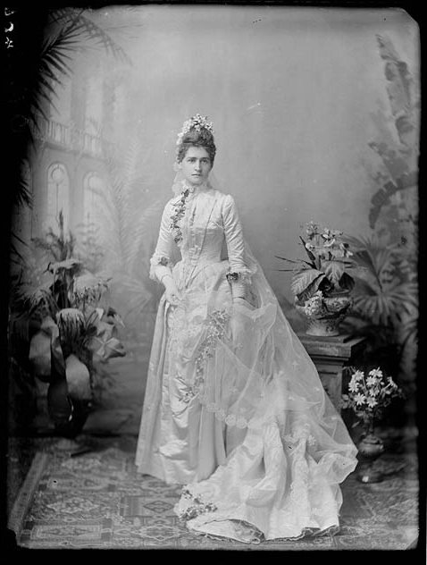 1900 Wedding Dresses 58 Cute Young bride in