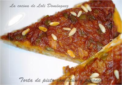 Torta De Pisto Con Atún Y Piñones