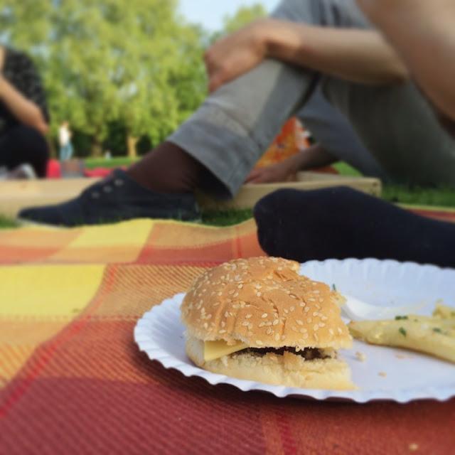 BBQ, Grillen, Geburtstagsfeier, Colonius, Muttertag, Burger, Bier & Beats