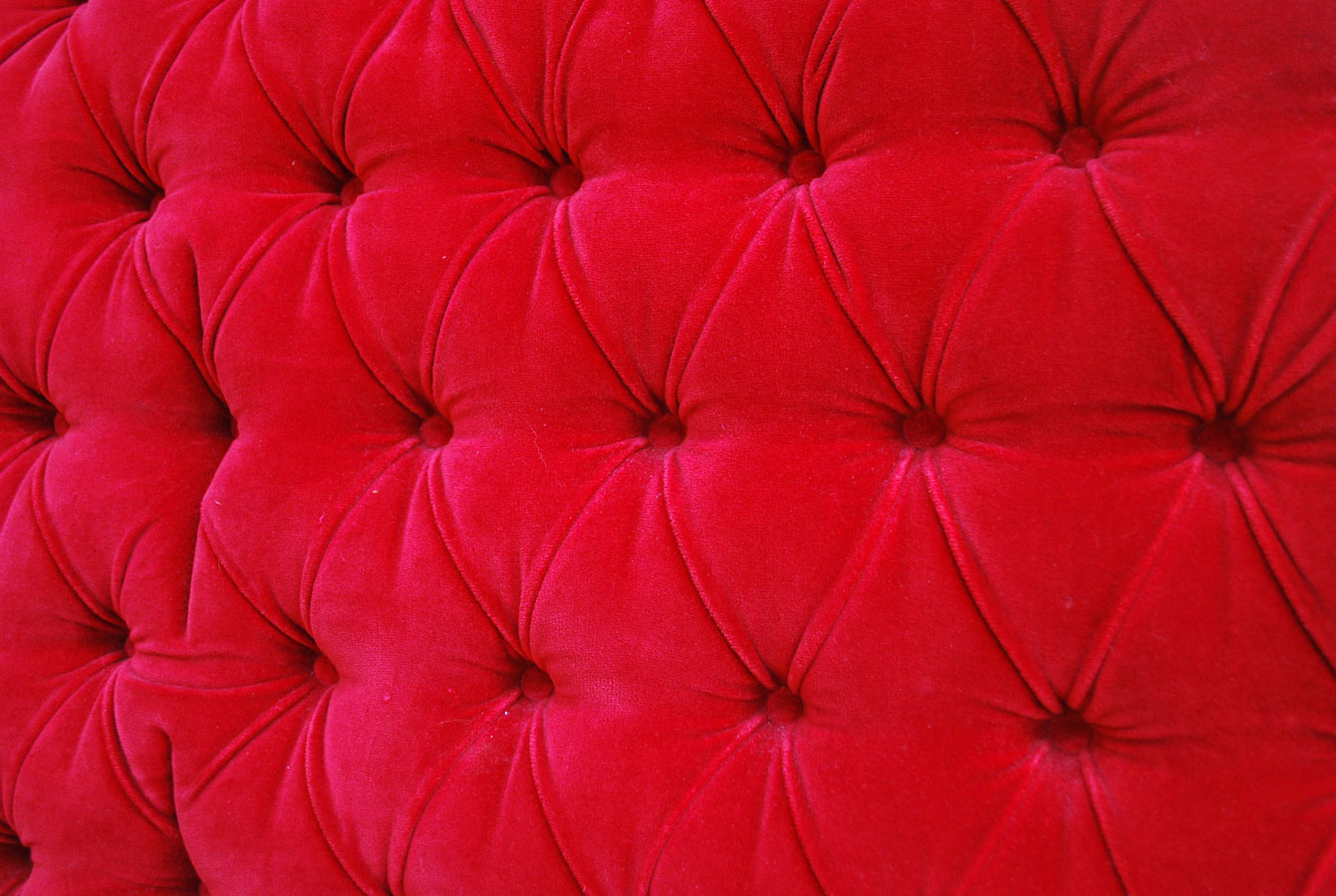 junkfunk vintage red tufted king size headboard - beautiful red velvet king headboard in amazing shape with one area wherethe fabric is torned but isn't noticeable because its in the crease