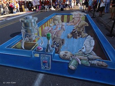 chalk art festival - sarosata chalk art - leon keer chalk art
