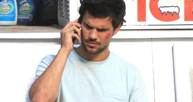 Golpean A Taylor Lautner Parejas Disparejas Noticias