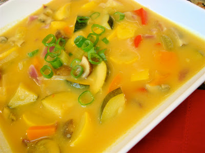 Sweet Apple Yellow Curry Soup