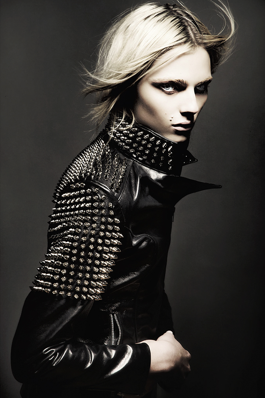 "Über Fashion Marketing: Andrej Pejic em ""Forever Andrej ..."