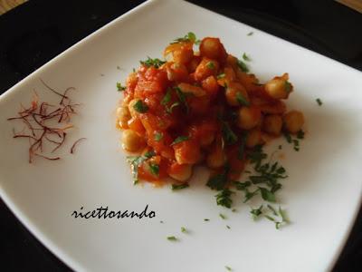 Ceci allo zafferano ricetta di legumi della tradizione sarda