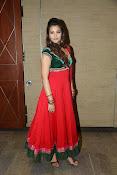Naziya hussain latest glamorous photos-thumbnail-20