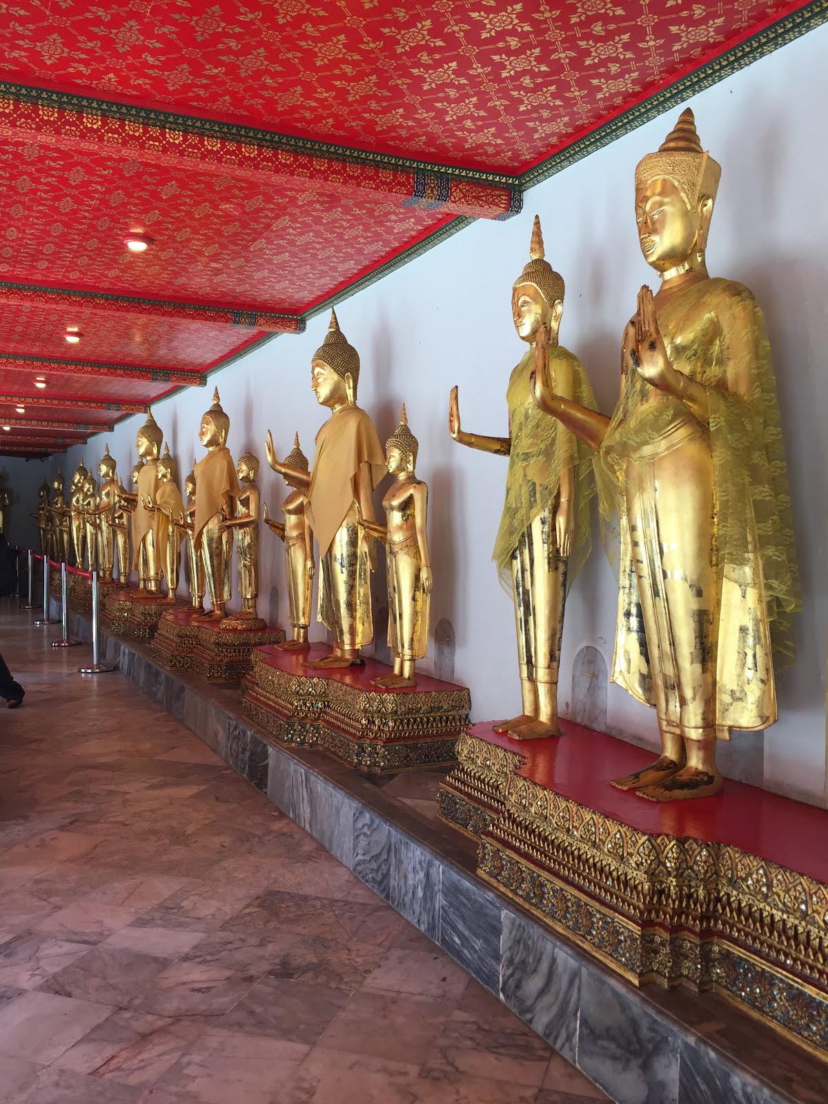 Wat Mahathat in Thailand - - A City Guide