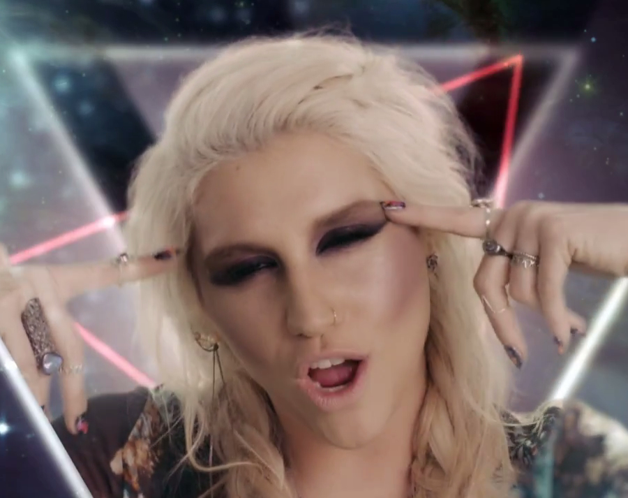 "US Chart Roundup: Ke$ha's Video For Top 10 Single ""Die Young"" Premieres"