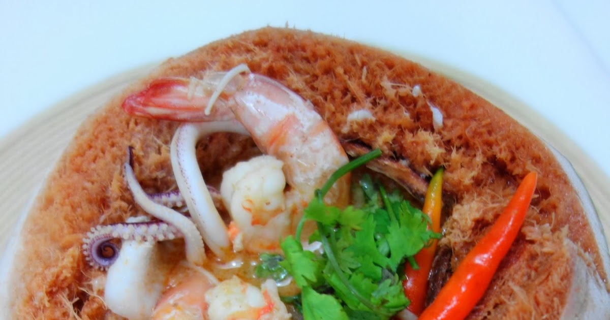 ... Thai Creamy Hot and Sour Soup with Shrimp and Coconut | Tom Yam Kung