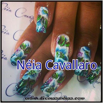 unhas-artisticas-flores-neia-cavallaro