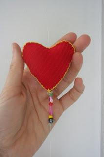 Corazones de Tela Reciclada, Ideas para San Valentin o el Dia de los Enamorados