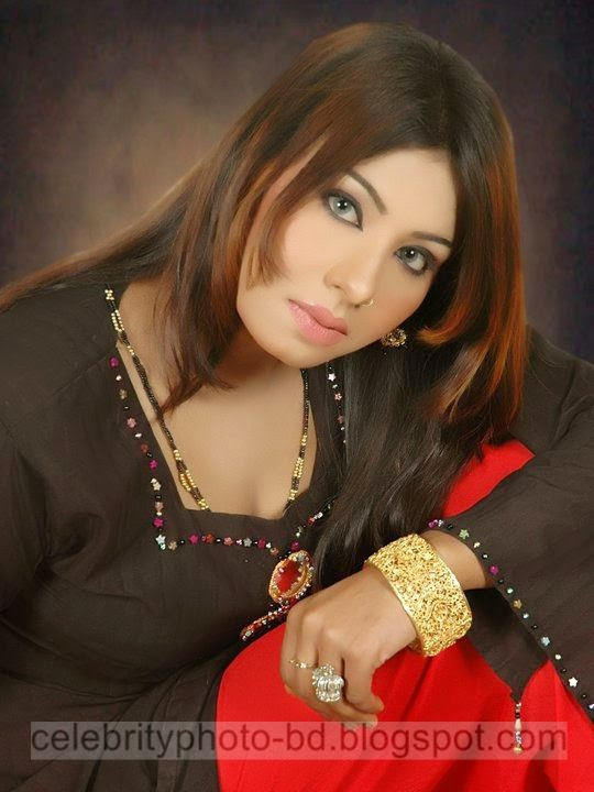 Hot%2BBangladeshi%2BDhaka%2BCity%2BGirls%2BHot%2BPhotos%2BCollection%2B2014006