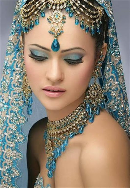 Fashion Jewelry Trends 2012