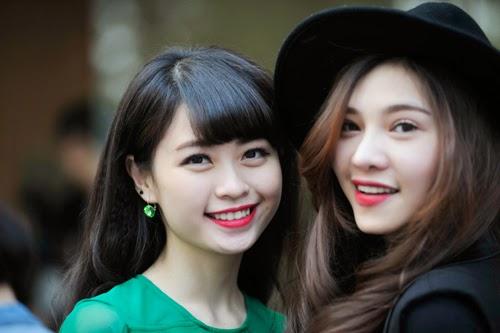 Vẻ đẹp rạng ngời của các hot girl Hà thành trong ngày hội Summer girl