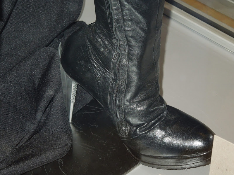 Dark Knight Rises Catwoman boot heel
