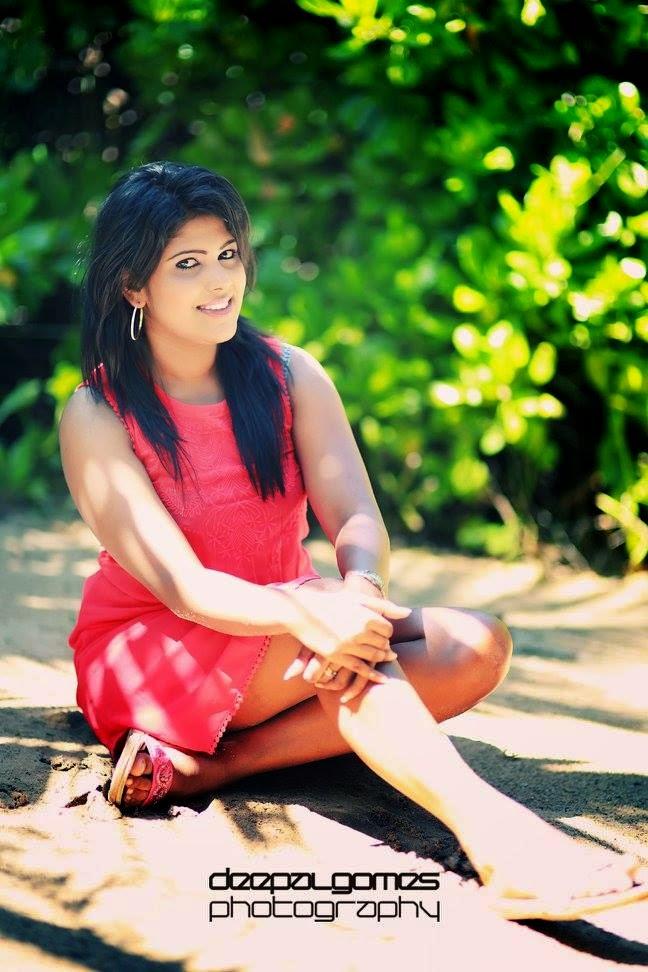 Tania Jayamaha sl model