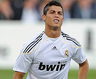 CR7, Craque do Real Madrid, estrela mundial
