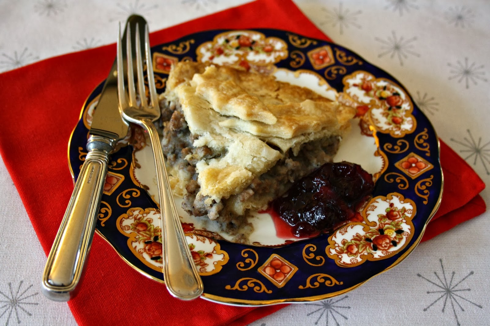 Traditional tourtiere recipe - a lightly seasoned meat pie